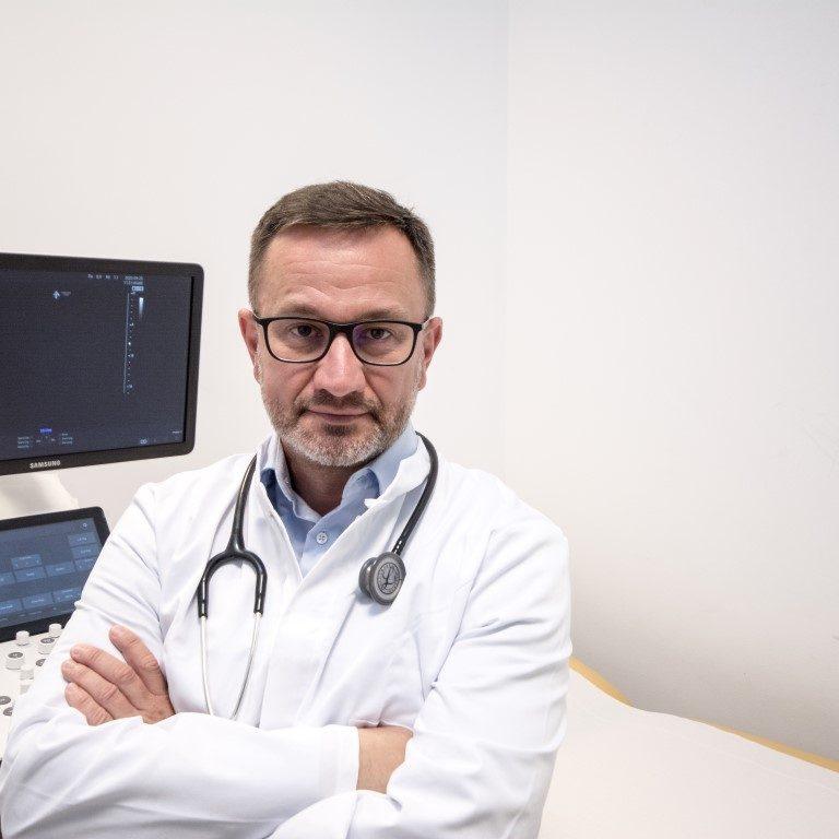 Dr. Bogdan Cosma Medicină Internă Cluj ecografie