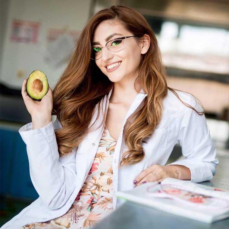 Patricia Hedesiu Nutriție